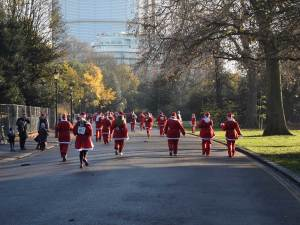 kaputino-coffee-van-london-santa-run